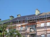 U toku  su radovi sanacije kosog krova višestambene zgrade na adresi Braće Radić 15 u Varaždinu